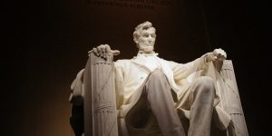 Lincoln Memorial vandalized with profanity in Washington DC